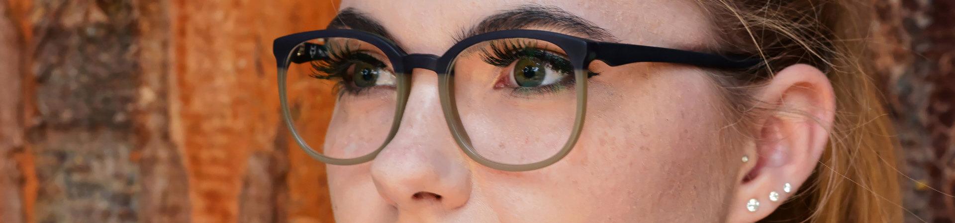 fassungswerk-headerbild-brillenfassungen-06.jpg
